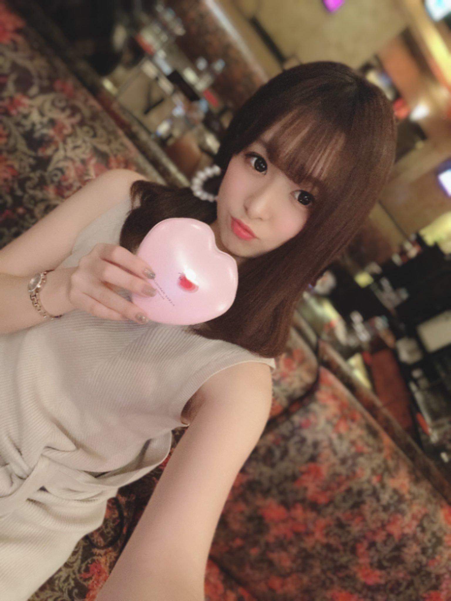 hikari_ninoheee 1240729791780671488_p1