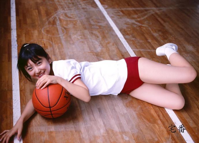 """""""婴儿少女""""之称的日本偶像清纯美女水泽奈子写真番号"""
