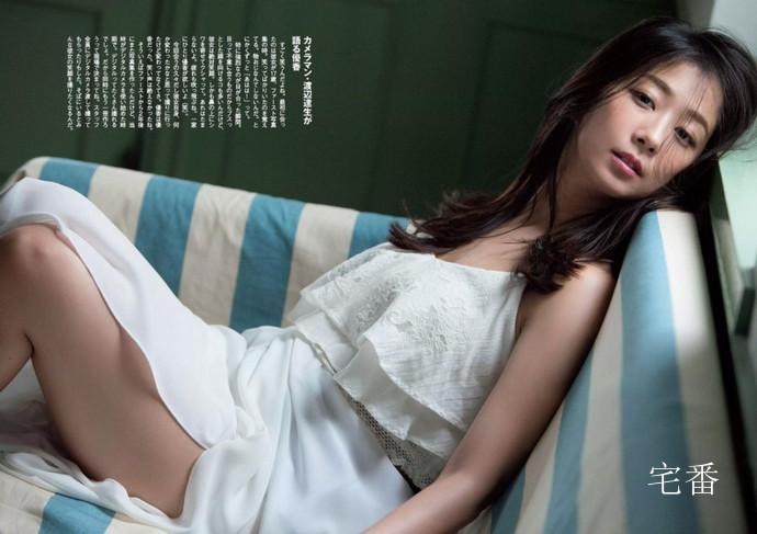 日本知名演员优香写真作品