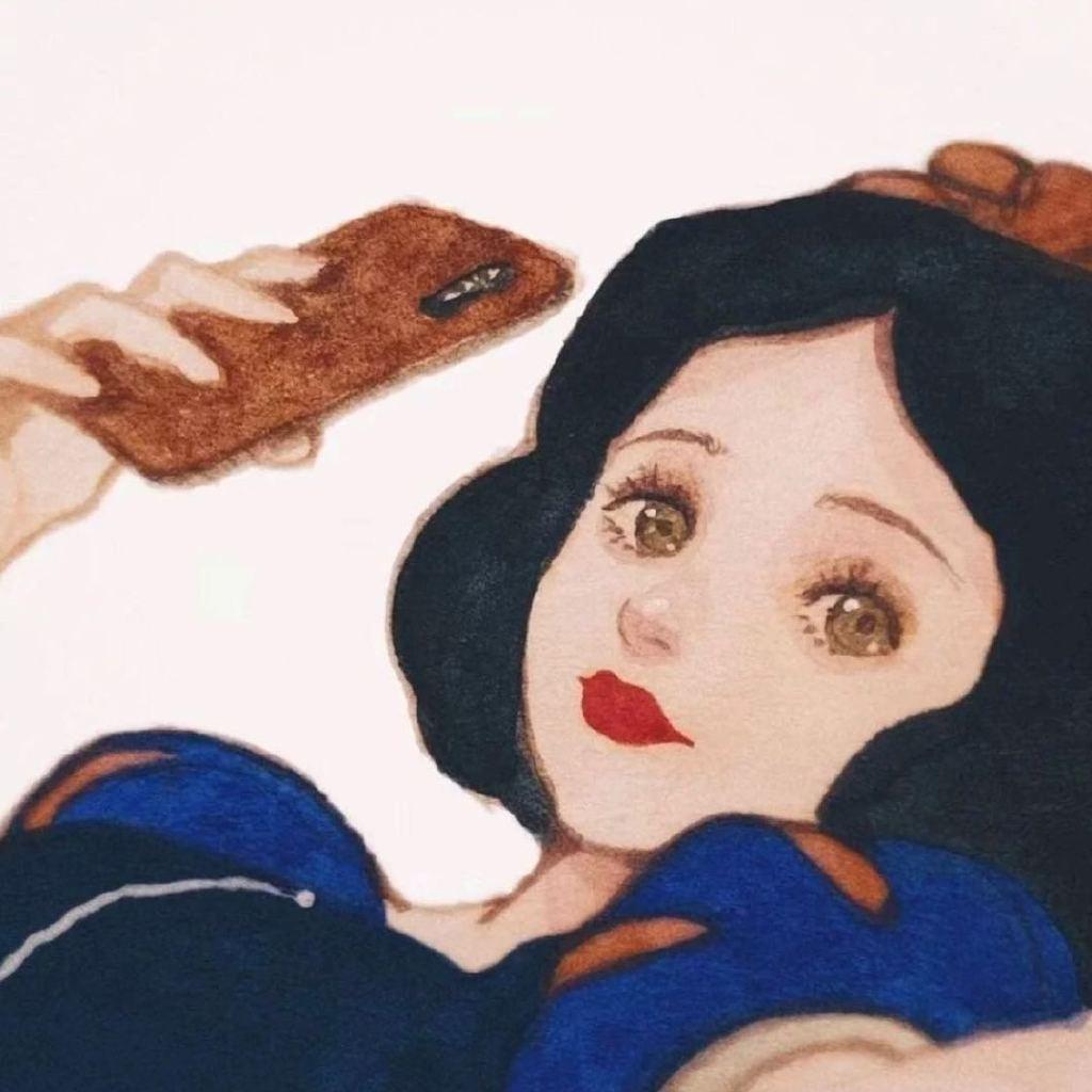 娱乐吃瓜美少女