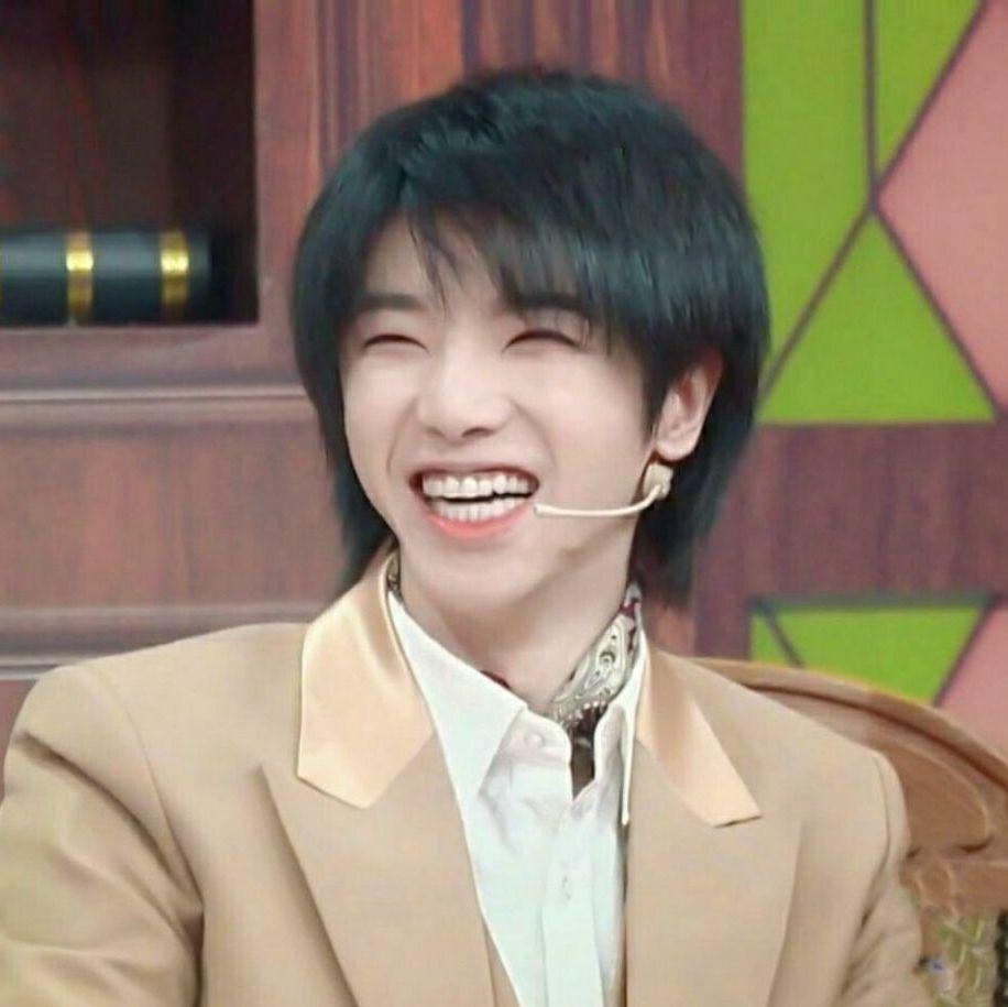 成为华晨宇先生超佛系歌迷的第7年