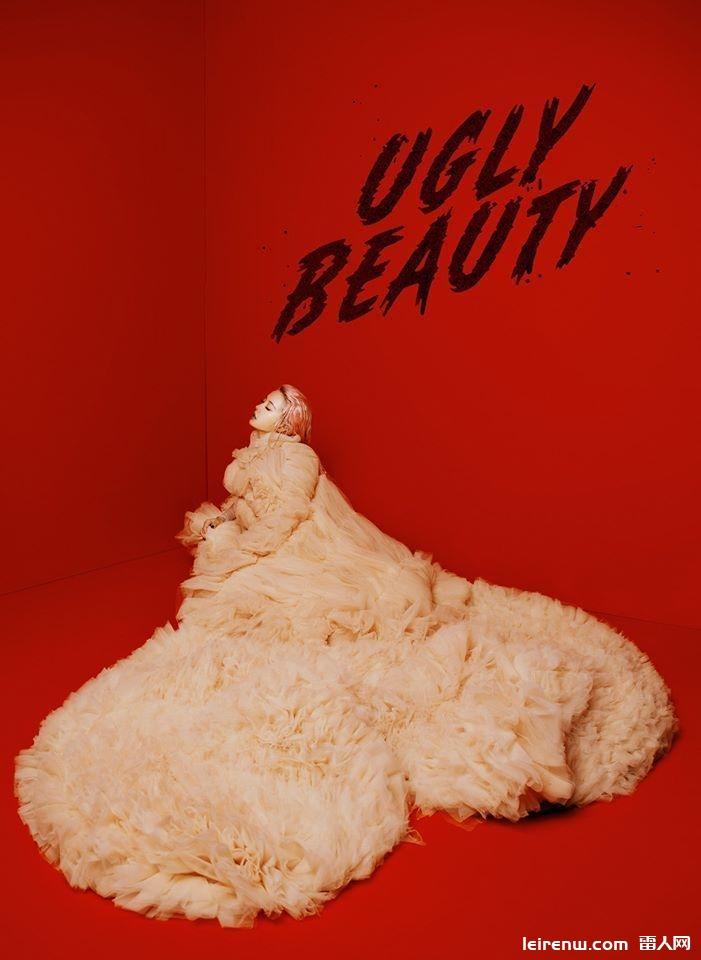 Jolin演唱会造型澎裙太美像鸡排