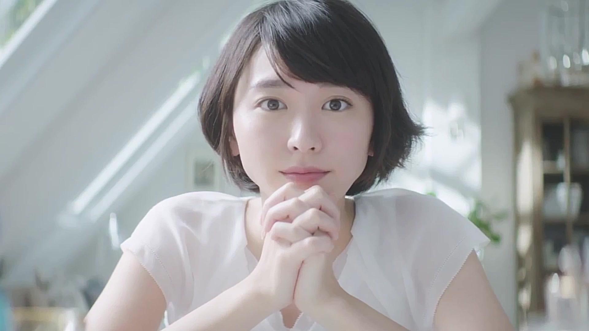 日本萬人票選 30 代最美女星:新垣結衣