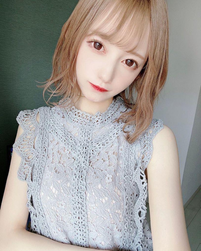 日本大眼萌妹jurina蕾丝内衣解放白皙水嫩美肌 妹子图 热图2