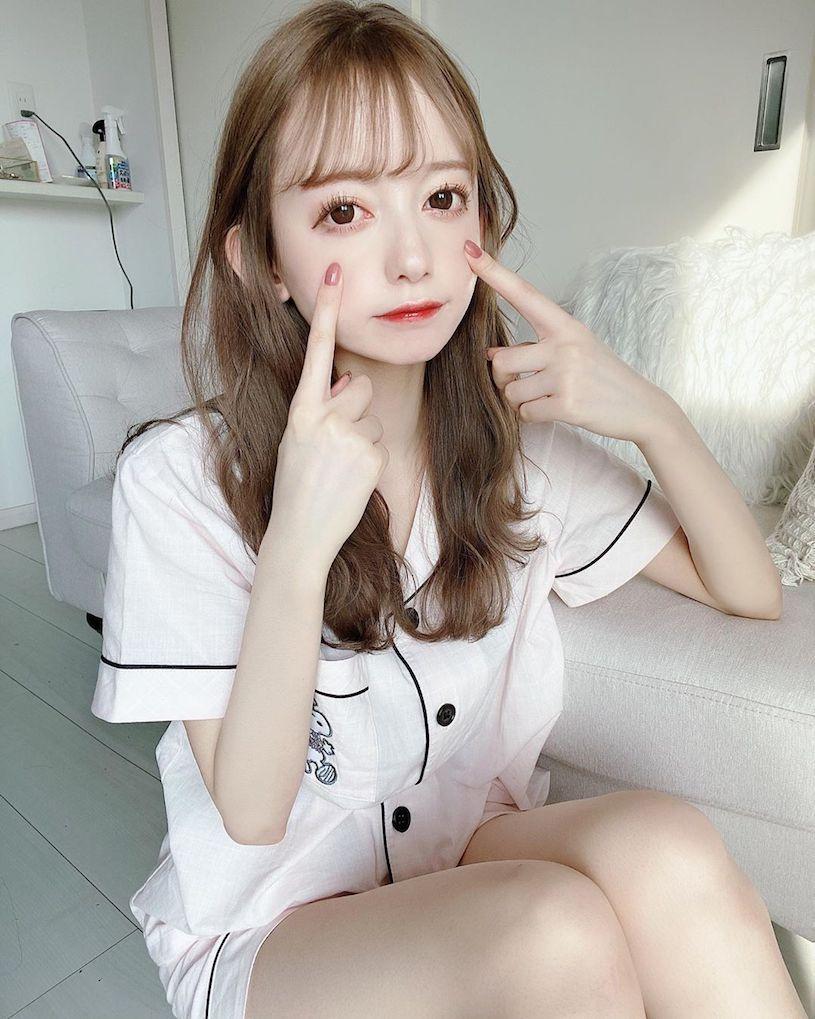 日本大眼萌妹jurina蕾丝内衣解放白皙水嫩美肌 妹子图 热图4