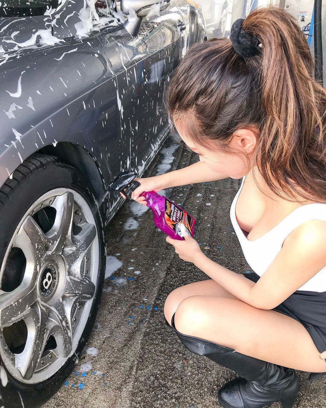 大胸妹叶凯琪自助洗车呼之欲出爆风景让人看傻眼 男人文娱 热图4