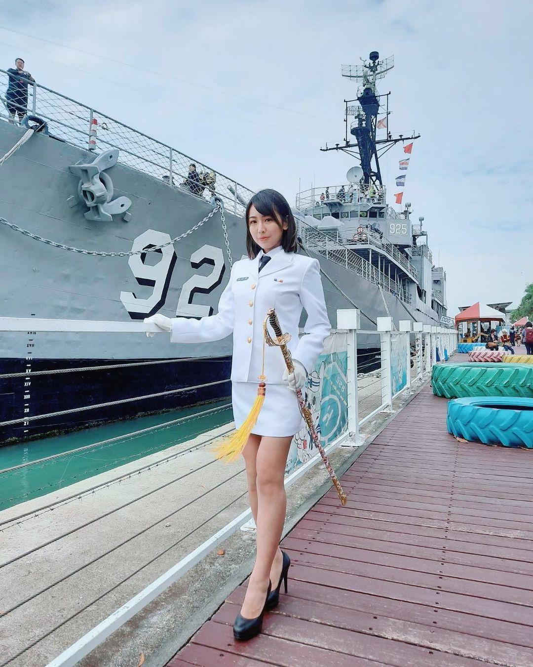 台版女郎新垣结衣希希CC换上了海军制服 网络美女 第2张