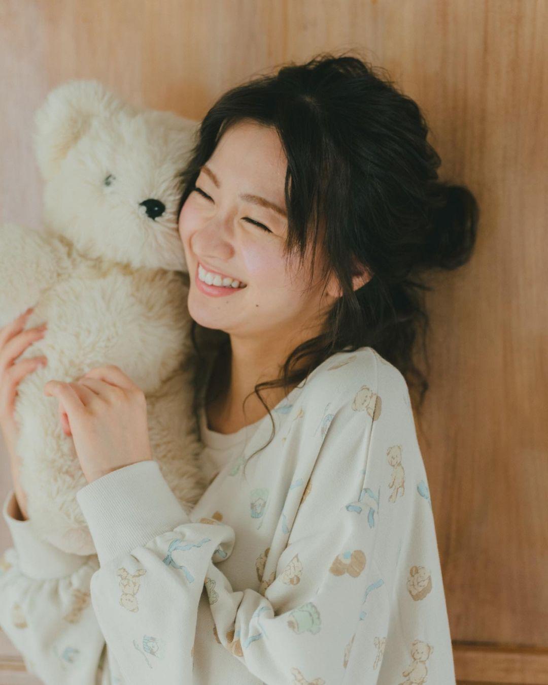 日系时尚杂志模特冈崎纱绘清甜笑容亲和力十足完全就是女友理想型 网络美女 第18张