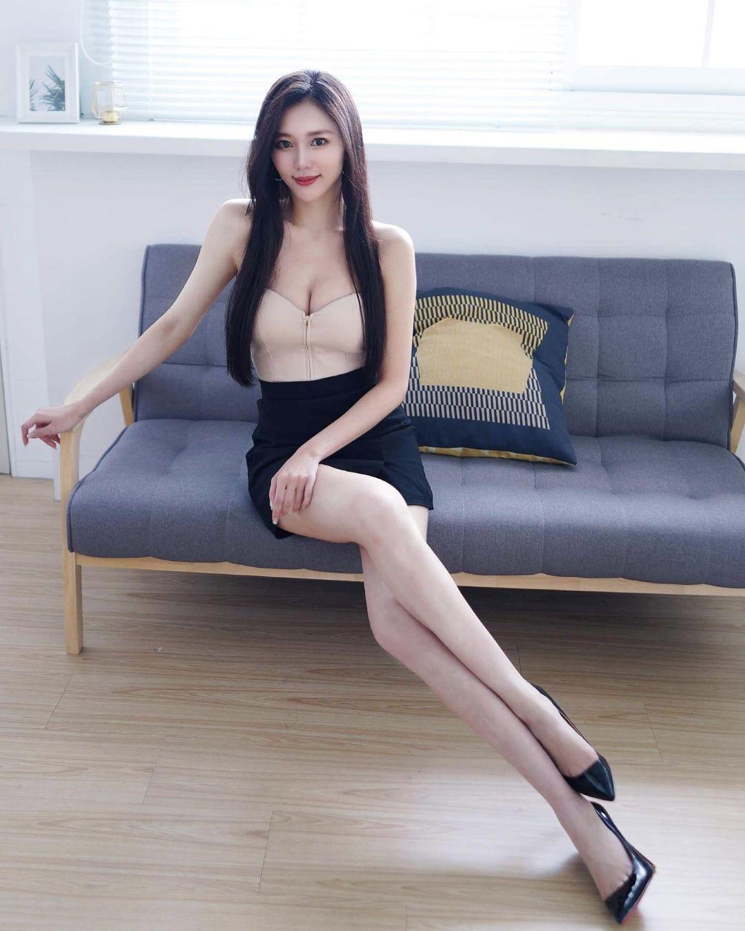 平面模特凯莉Kelly/冯怡翎白衬衫小窄裙OL套装 妹子图 热图3