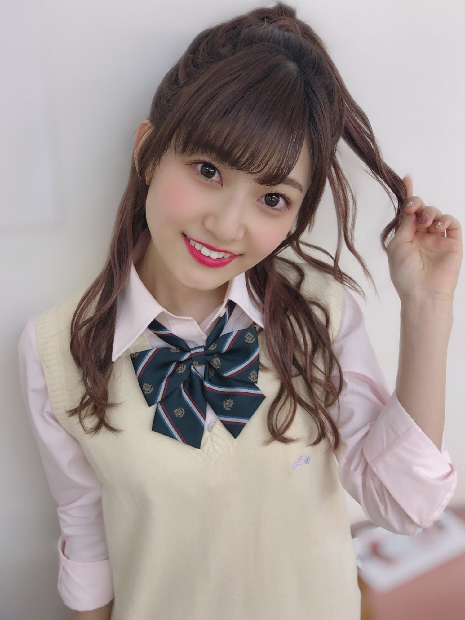 猫系少女「朝日花奈」甜美外型宛如初恋降临独特「温柔气质」让人难以抗拒