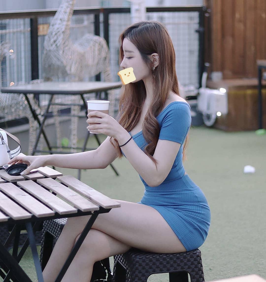 韩国超极品身材的辣妹子jungvely_1121车头灯超凶