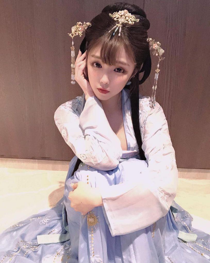 图片[12]-古装正妹「Mia米亚亚」脸蛋超甜美,实际身份是「火辣H奶酒商」!-福利巴士