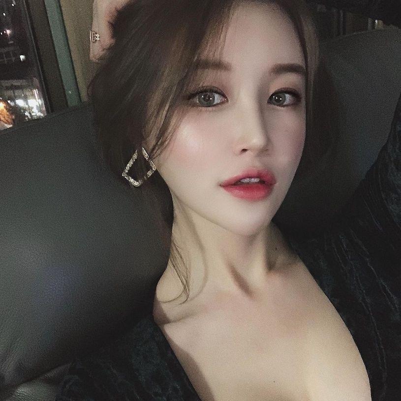 韩国美女卖家peachmood_hoyni性感曲线凹凸有致 养眼图片 第4张