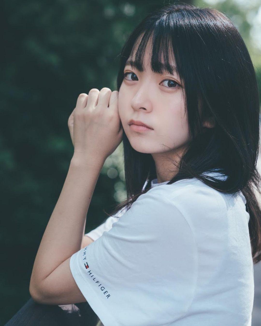 17岁仙女高中生瀬戸りつ绝美长相激似IU 全身散发空灵气质美到有点不真实 养眼图片 第8张