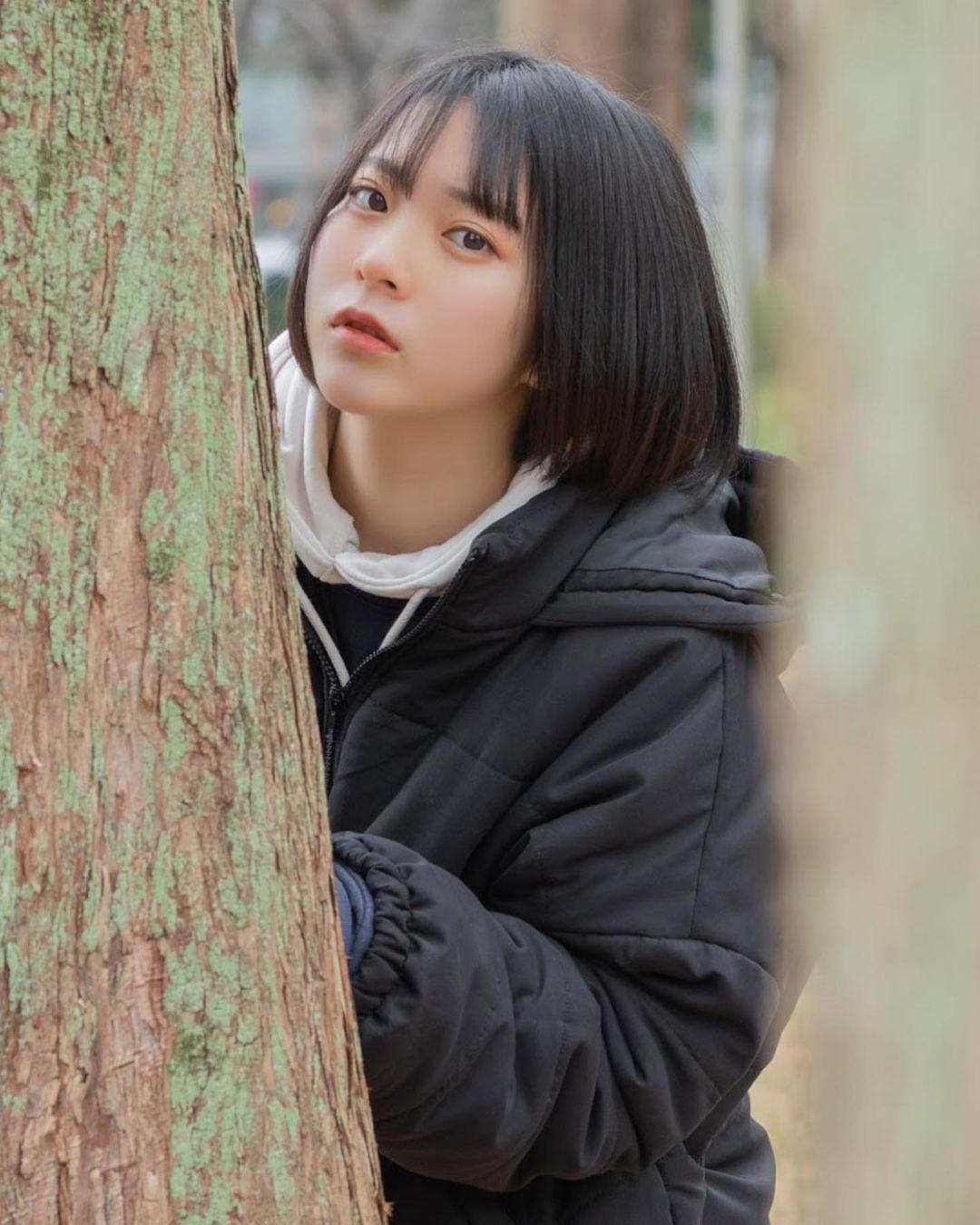 17岁仙女高中生瀬戸りつ绝美长相激似IU 全身散发空灵气质美到有点不真实 养眼图片 第27张