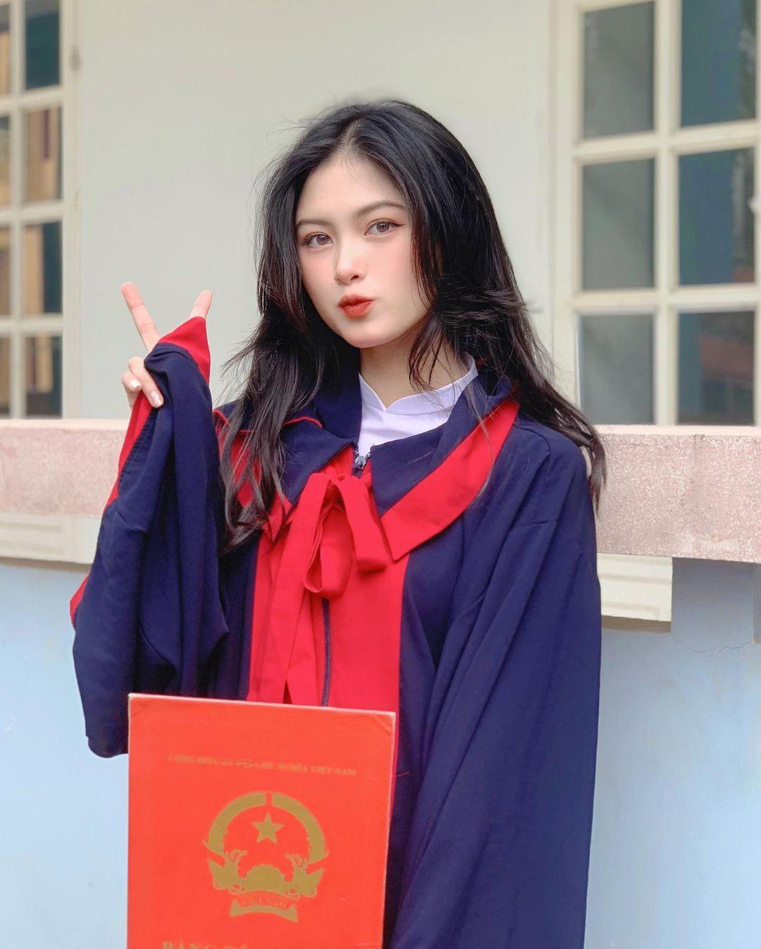 [人物]清纯越南妹子「Leely」辣穿奥黛,让人不被她掳获都不行啊. 养眼图片 第28张