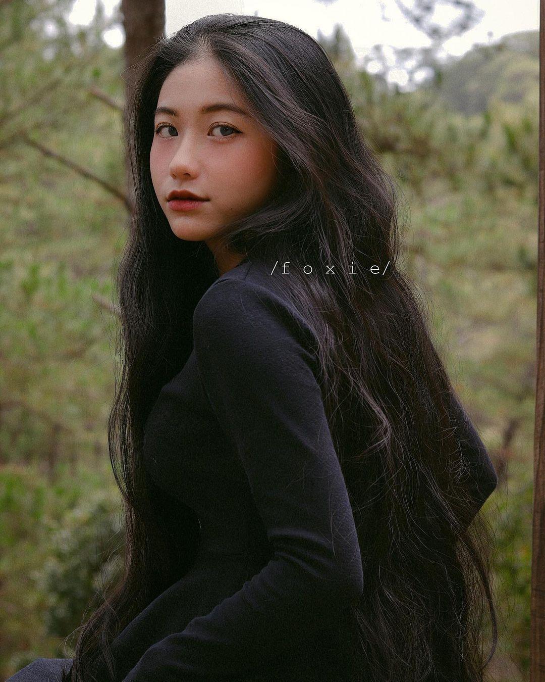 天菜越南妹「Kim Anh」迷蒙眼神仿佛随时在放电空灵气质更是无比疗愈人心 养眼图片 第7张
