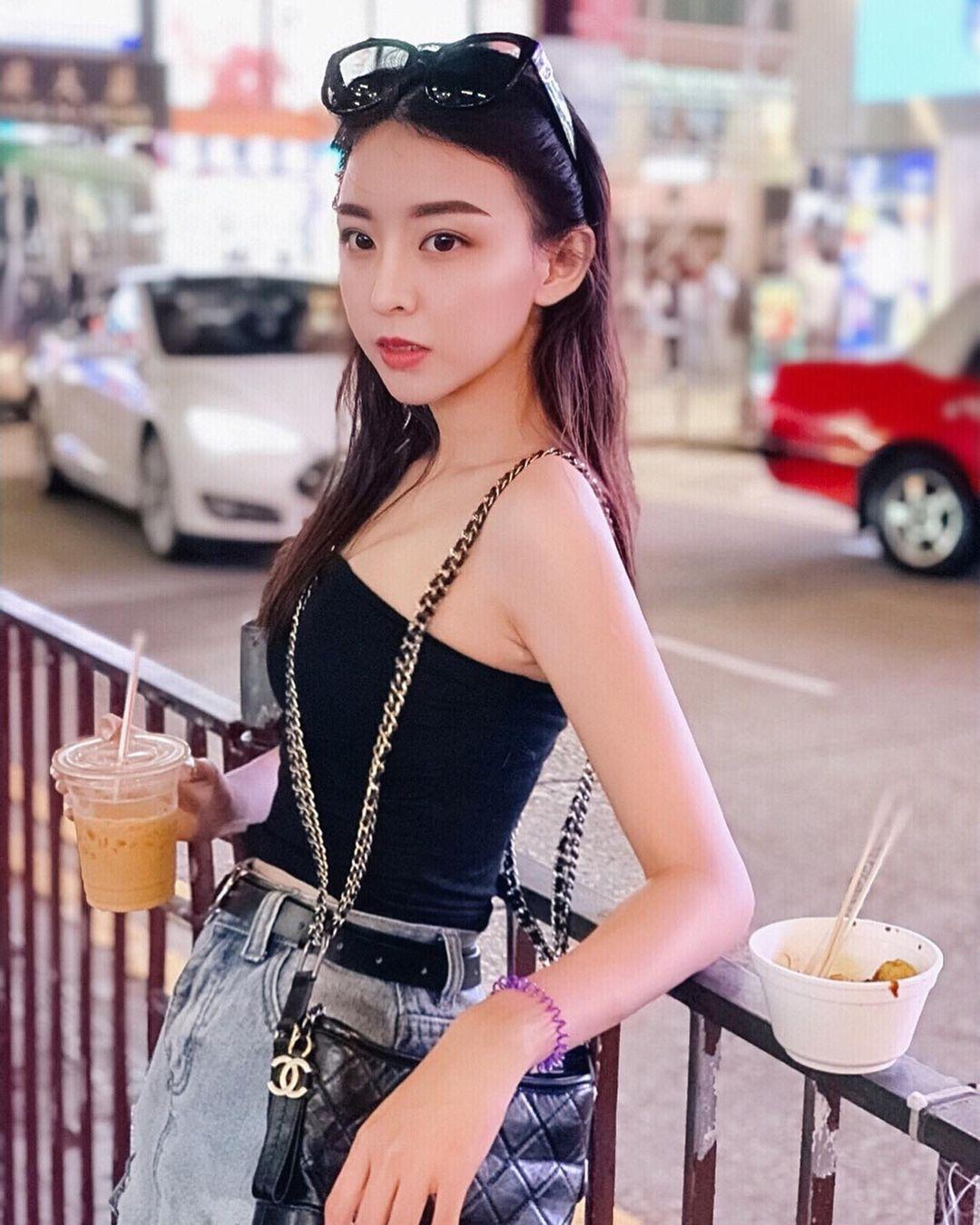 永丰金美女理专「Fei霏霏」气质超仙网友:想把我的两亿给她理 网络美女 第3张