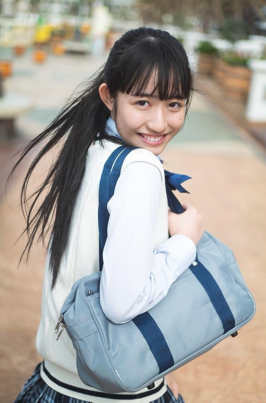 青春偶像「长尾しおり」稚嫩笑容超可口让人妹控魂大觉醒-新图包