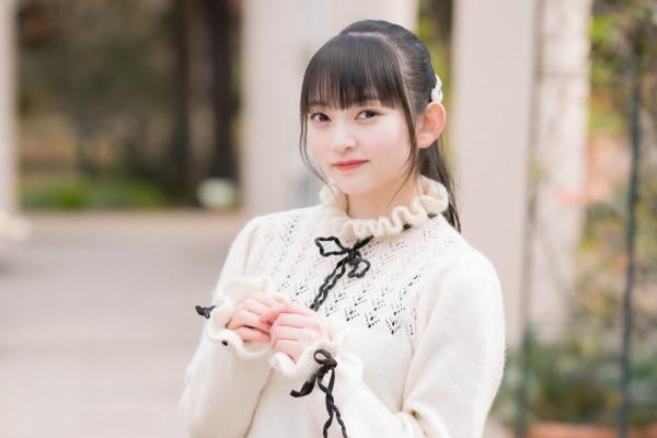 15岁奇迹妹[佐山すずか]外衣展现意外有料的软实力 养眼图片 第5张