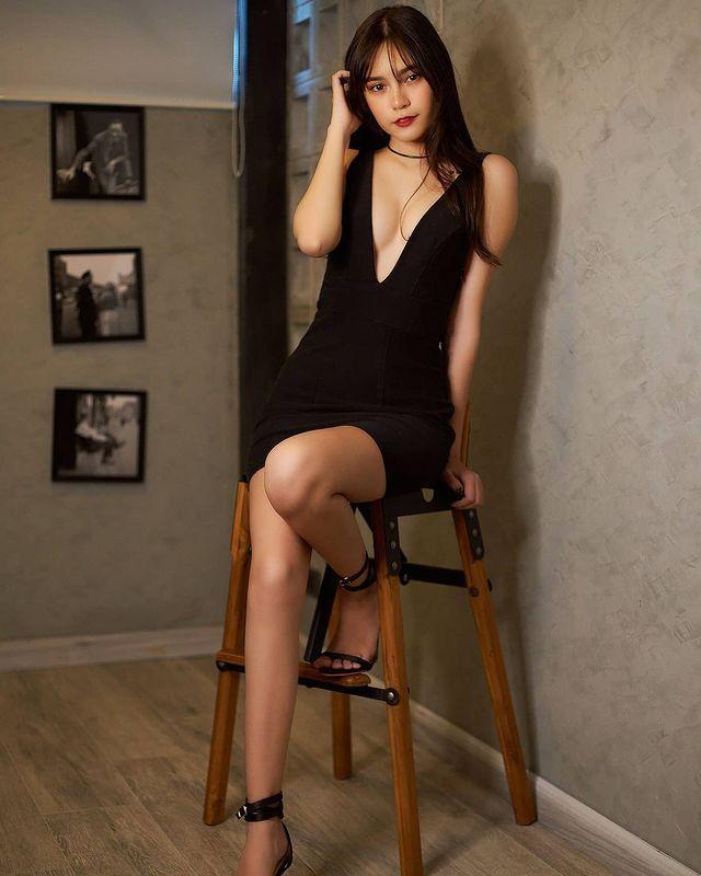 混血正妹[Bella]甜美性感完美融为一体无辜大眼加姿态好撩人 养眼图片 第7张