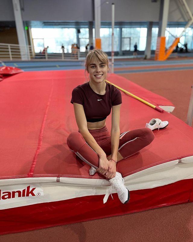 [正妹]心脏跟着她跳动 [Yuliya Levchenko]跳高正妹高颜质迷倒田径场 网络美女 第3张