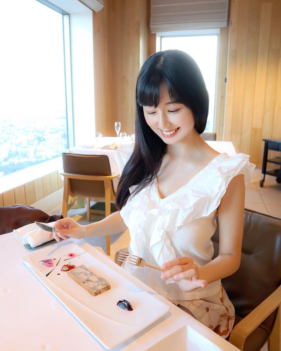 天菜系超可爱正妹事业心好强大喔 甜美气质魅力十足 养眼图片 第11张
