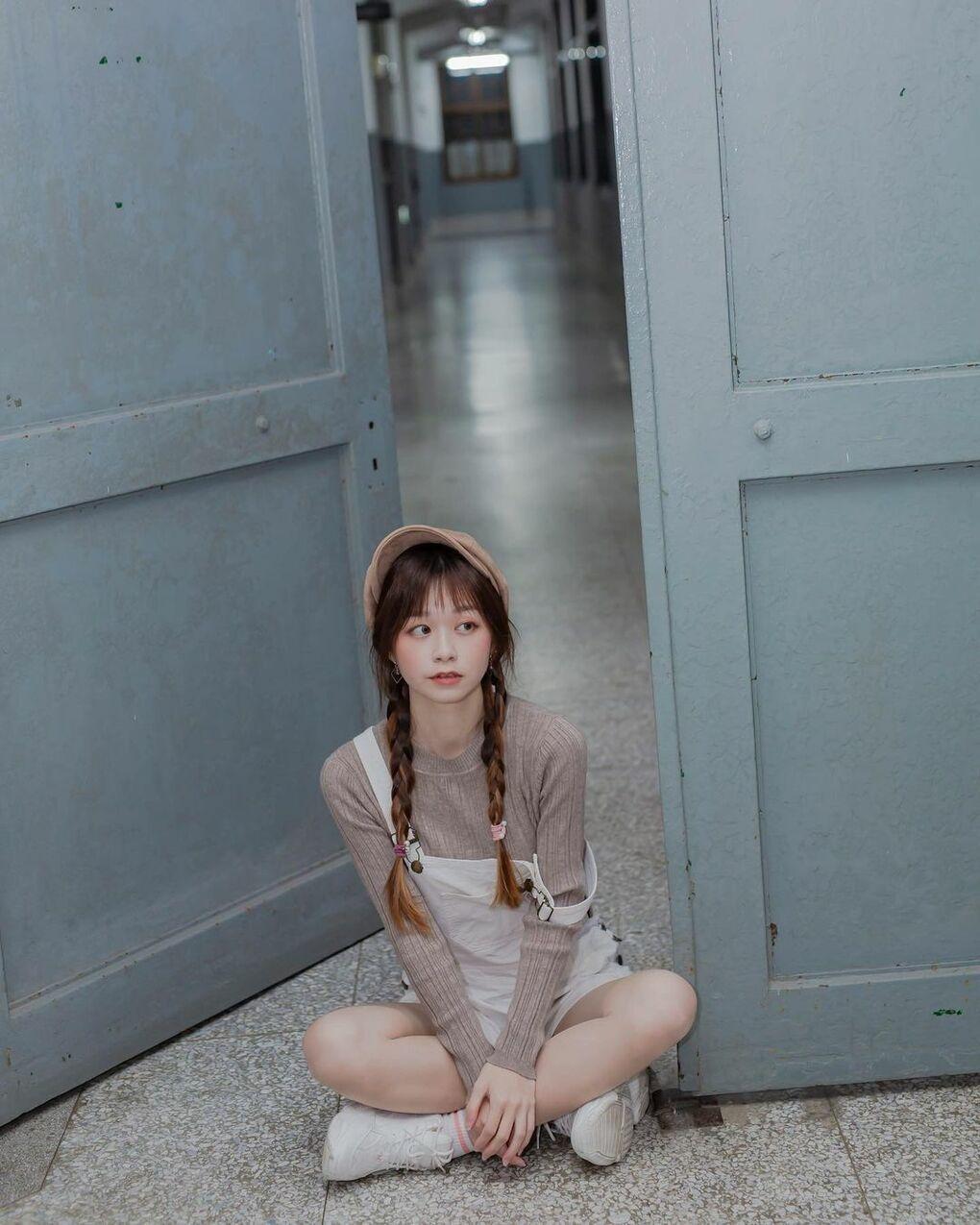 清透嫩白美眉阿耕Yusi满满胶原蛋白的氧气少女(20P) 网络美女 第15张