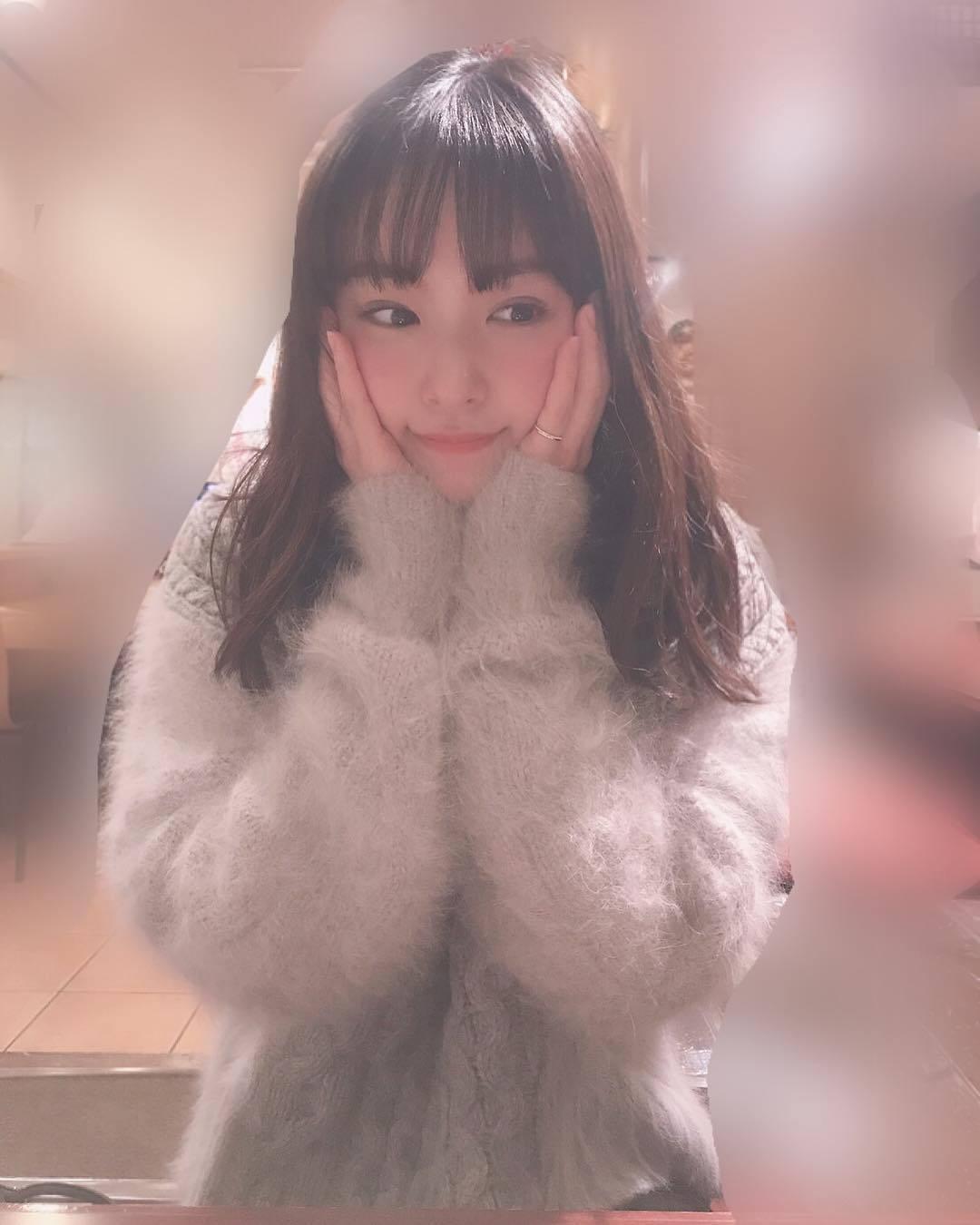 偶像近藤里奈,超清新笑容却拍了性感写真 网络美女 第16张
