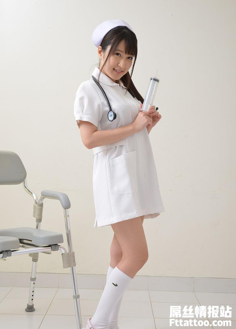 娇小柔弱的女子美里有纱(Misato-arisa)很能折腾