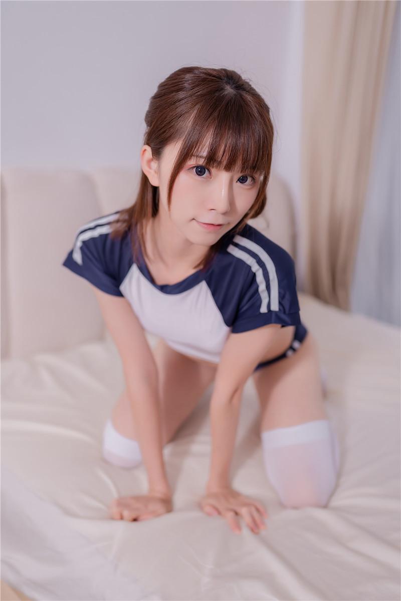 KMHRS-020 泷泽莱拉(滝沢ライラ)在床上与父亲的交流