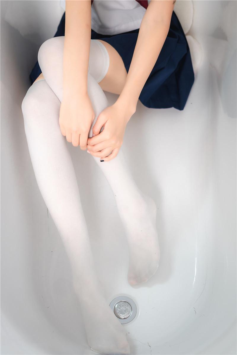 BGN-059 蜜美杏(Mitsume-Ann)作品在线下载观看