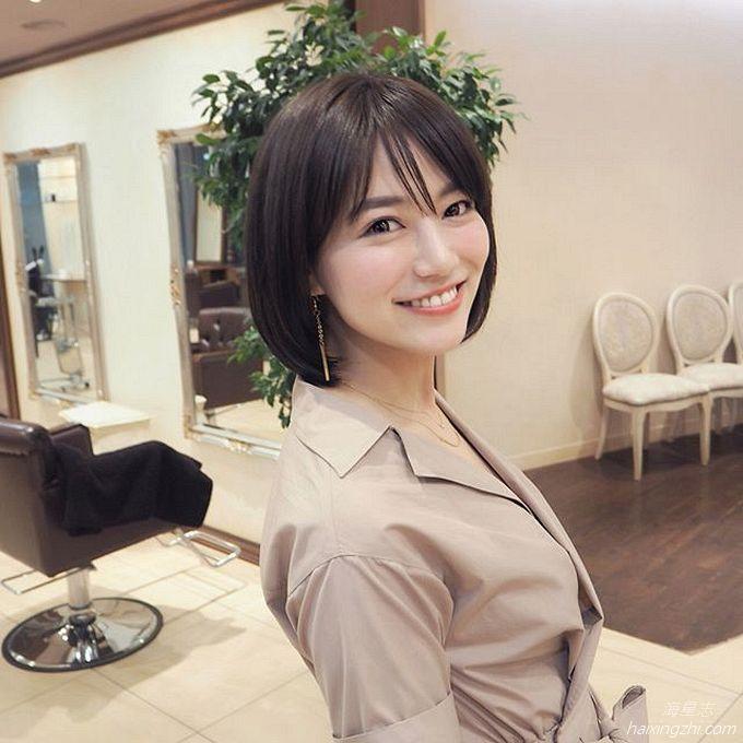 笑容太治愈,日本OL美女石井里奈满满正能量_21