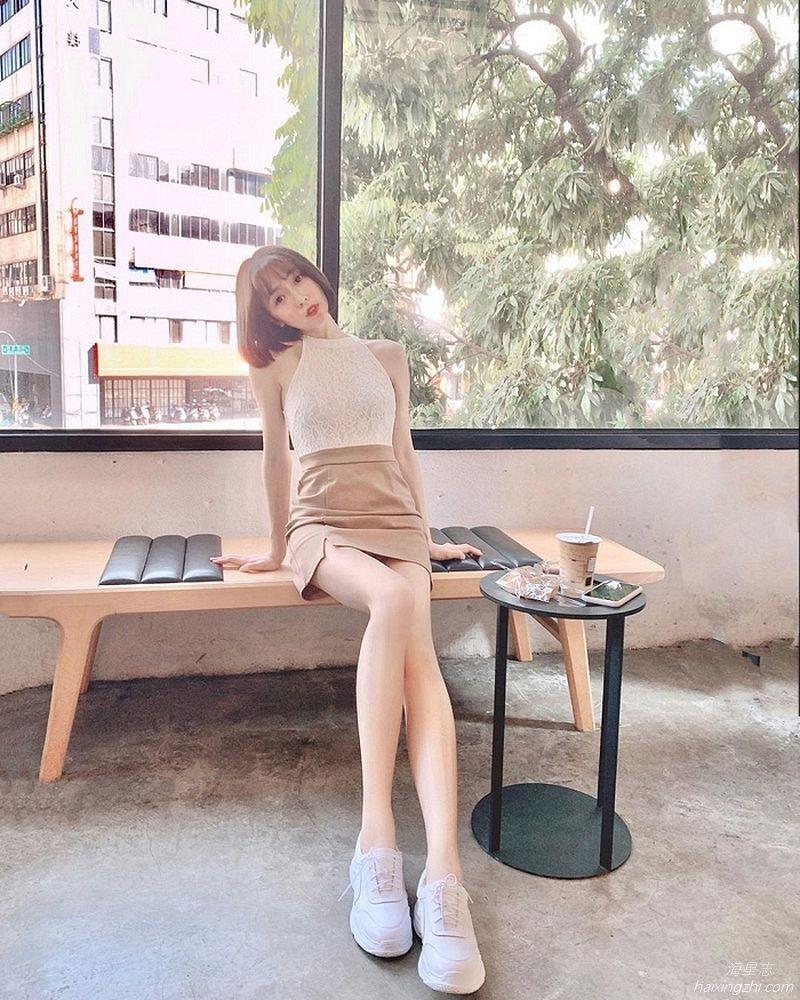 刘芳岑,前凸后翘大长腿 _10