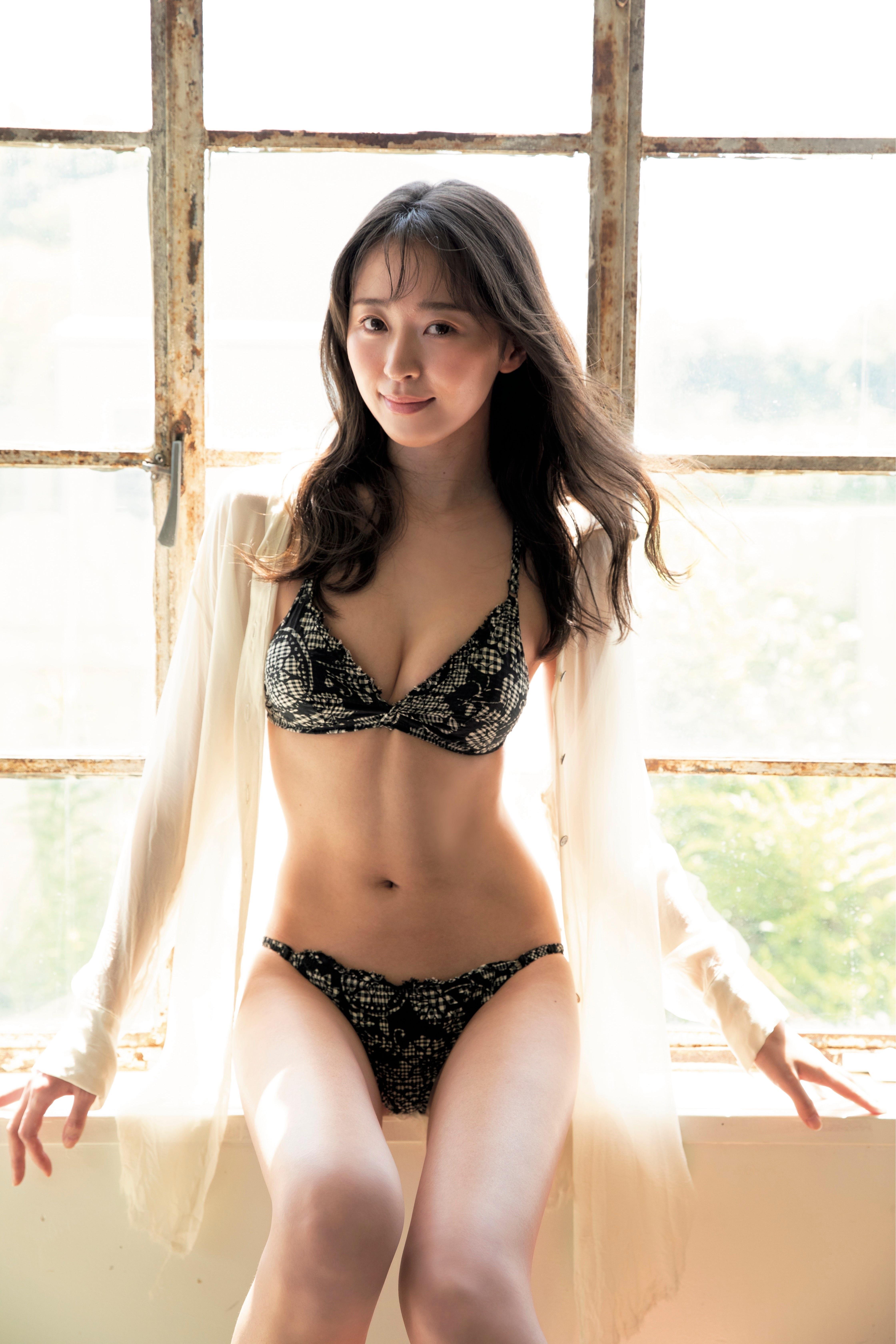 enako 雪平莉左-FLASH 2021年9月14日刊 高清套图 第29张