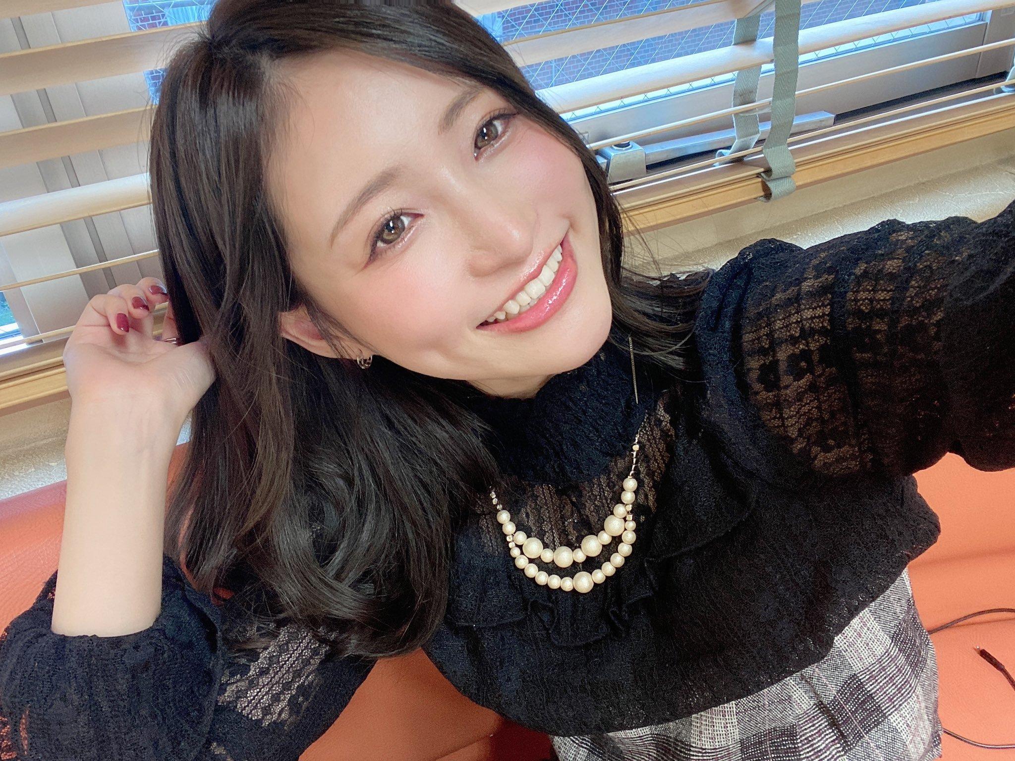 amatsuka_moe 1255407803017187336_p0