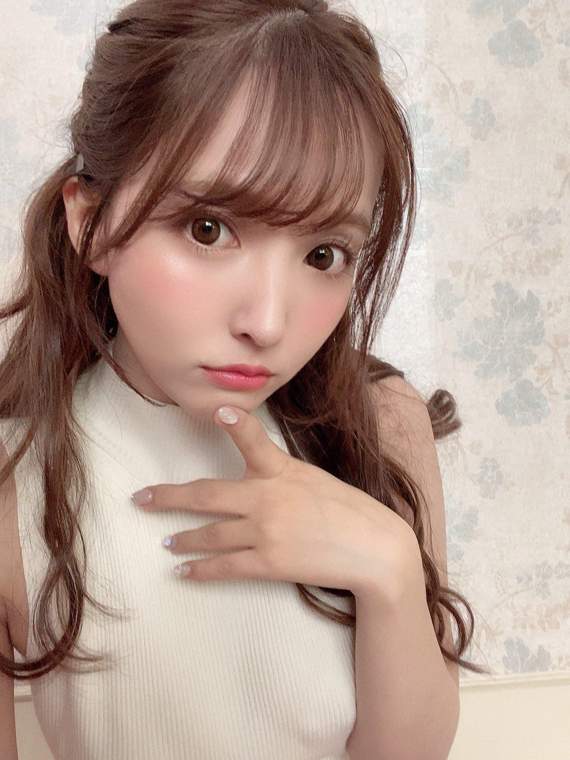 yua_mikami 1271295185364770817_p1