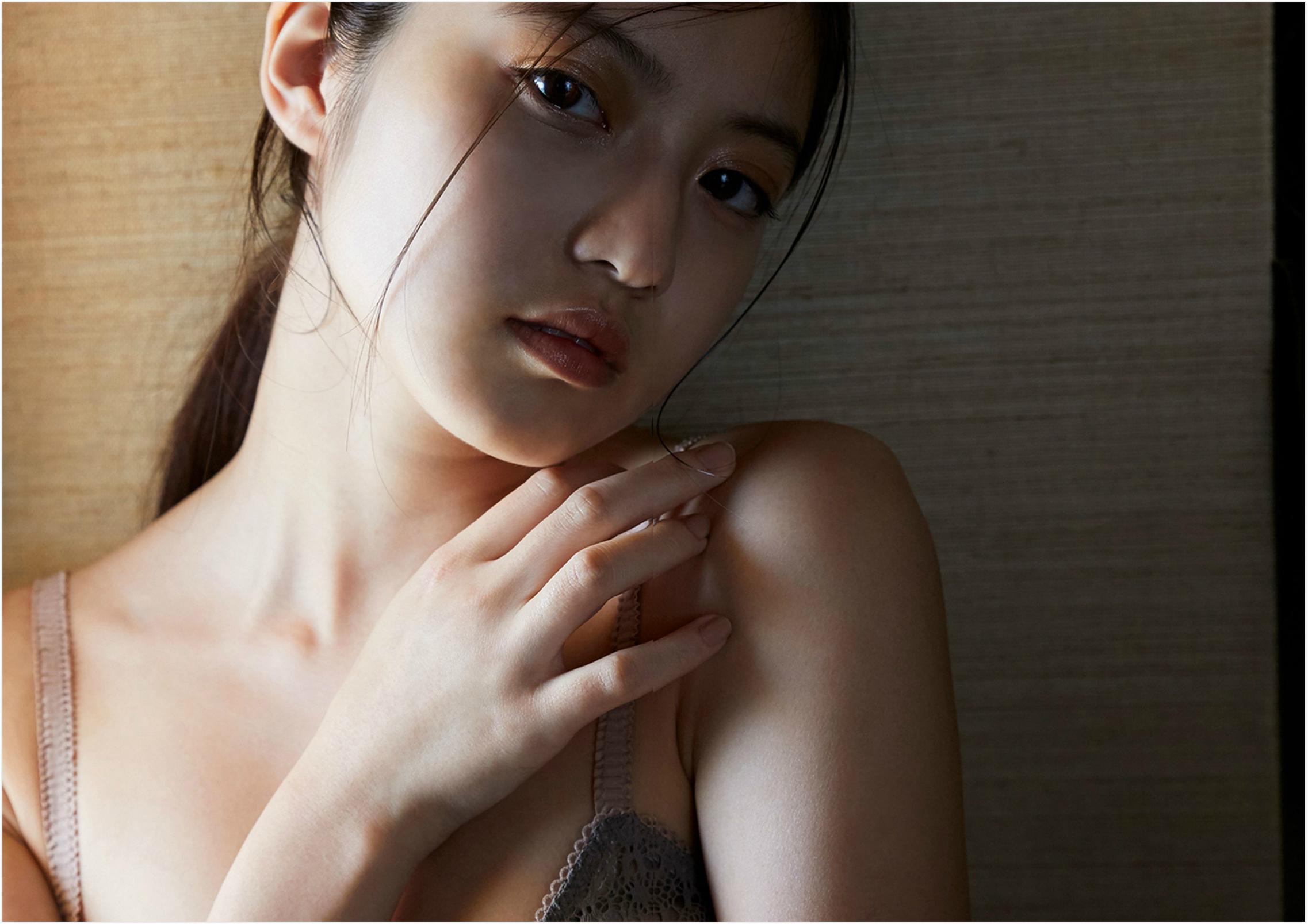 今田美樱 写真集82-83