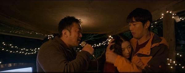 韩国犯罪电影《暗网杀机》具有换妻概念专门坑杀游客的黑店 (5)