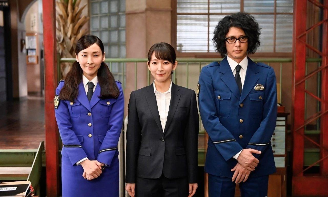 低收视率女王吉冈里帆演技一直没有太大变化但是颜值一直都在线 (13)
