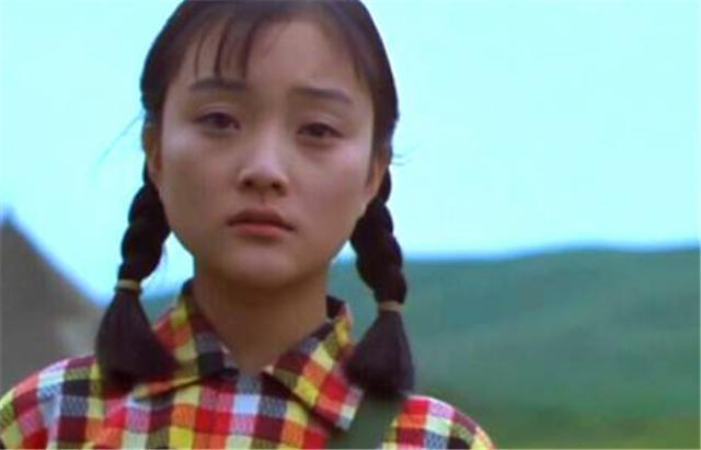 电影《天浴》文革女知青在时代洪流下的个人努力多么苍白无力 (7)