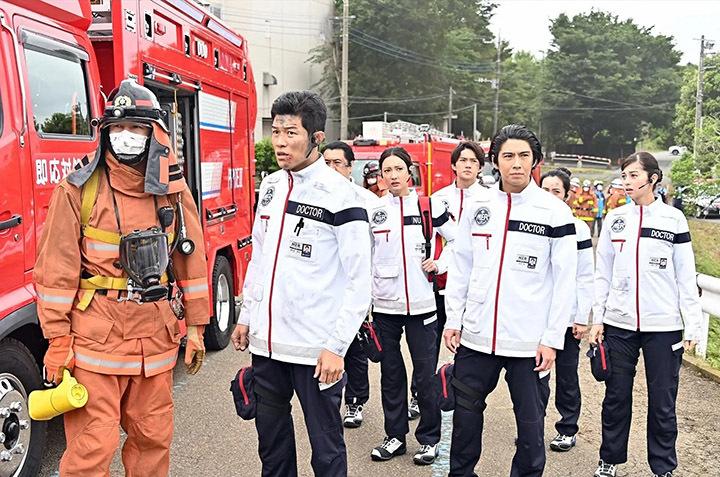具有娱乐性的急救医疗剧《TOKYO MER~奔跑紧急救命室~》稳坐本季收视冠军 (2)