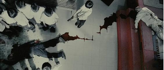 电影《复仇者之死》从现实轮回在谎言庇护下暴露来看美国的落败命运 (4)