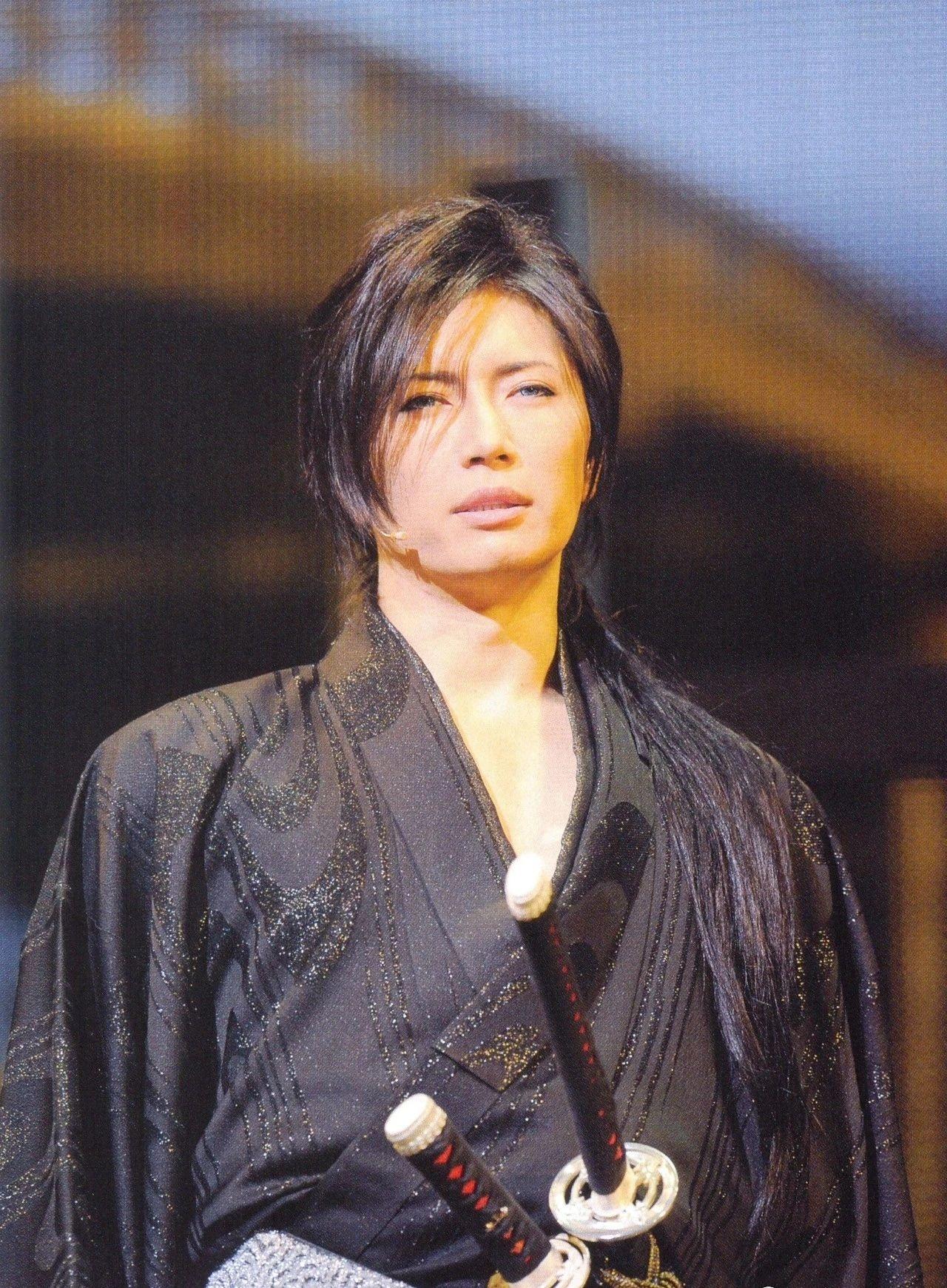 日本知名歌手GACKT因为身体状况导致无法正常发声而宣布退出 (3)