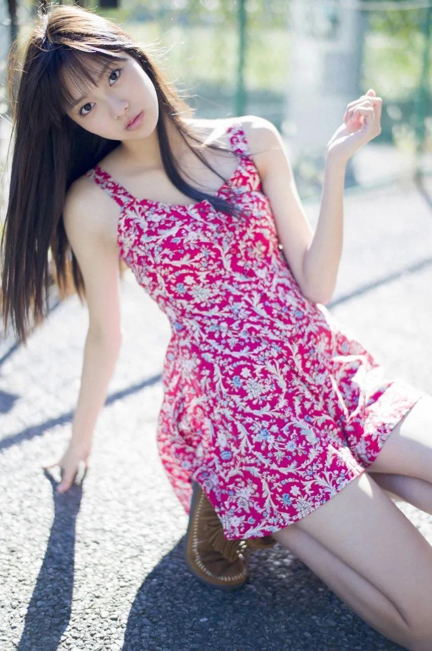 高挑甜美看来就想恋爱的新川优爱写真作品