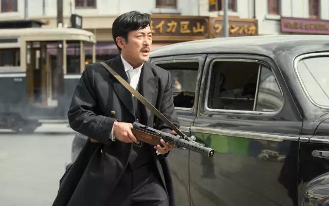 韩国动作电影《暗杀》一睹忠于人性的神枪杀手风采 (3)