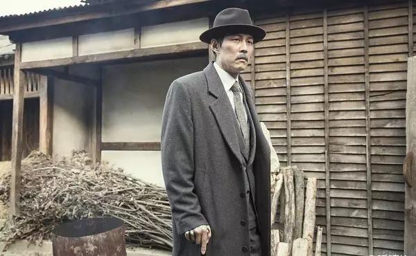 韩国动作电影《暗杀》一睹忠于人性的神枪杀手风采 (4)
