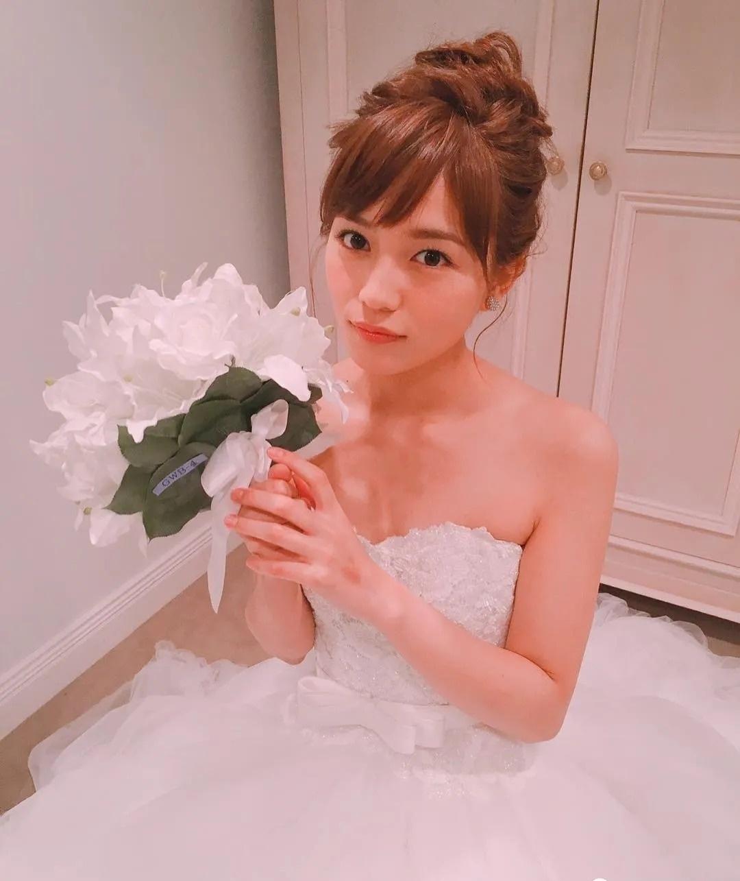 """""""日版沈佳宜""""之称的川口春奈与格斗家男友感情很好,网友猜测婚期将近 (2)"""