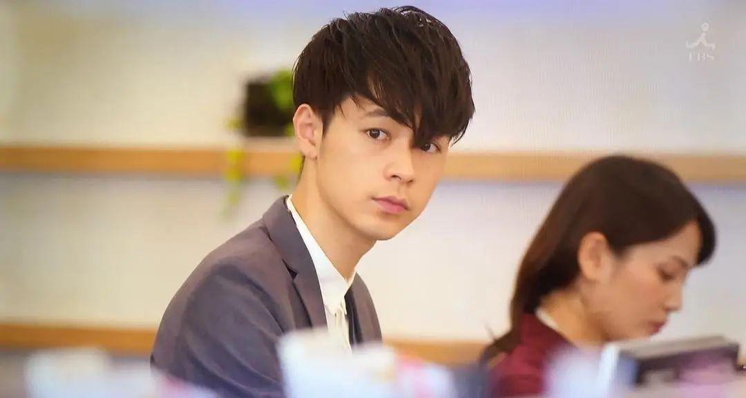 """成田凌只用了两年的时间就从""""最佳新人""""蜕变成为了若手演技派 (12)"""