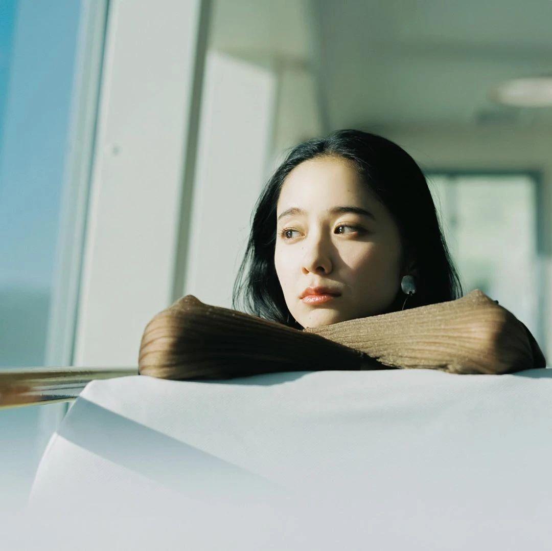 不急不躁岁月静好的堀田真由写真作品 (6)
